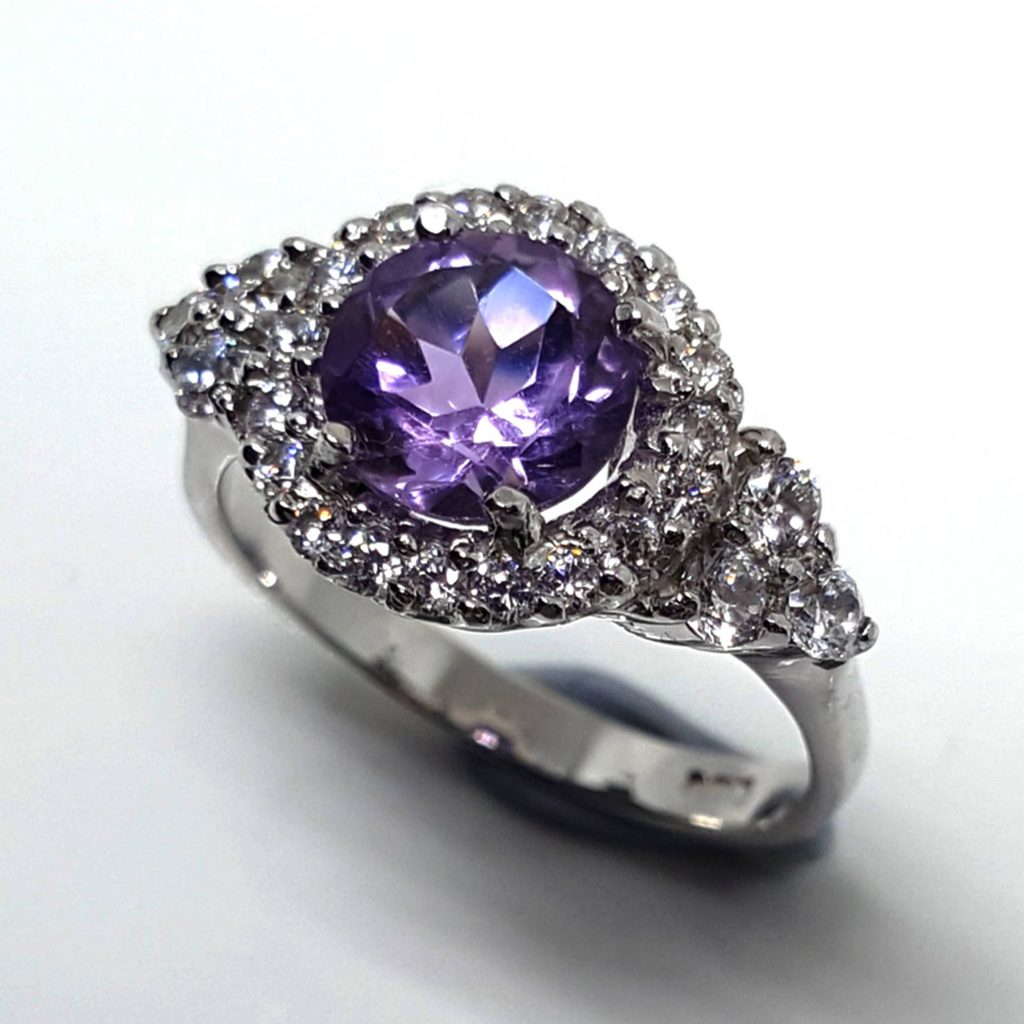 LUXR118-1 Luxuria amethyst engagement rings