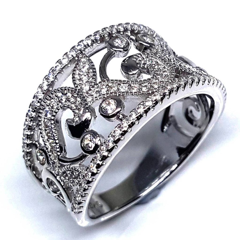LUXR132-1 Luxuria filigree engagement rings
