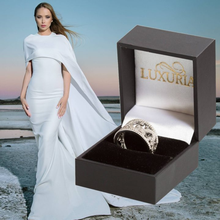LUXR132-7 Luxuria filigree wedding band with deluxe box