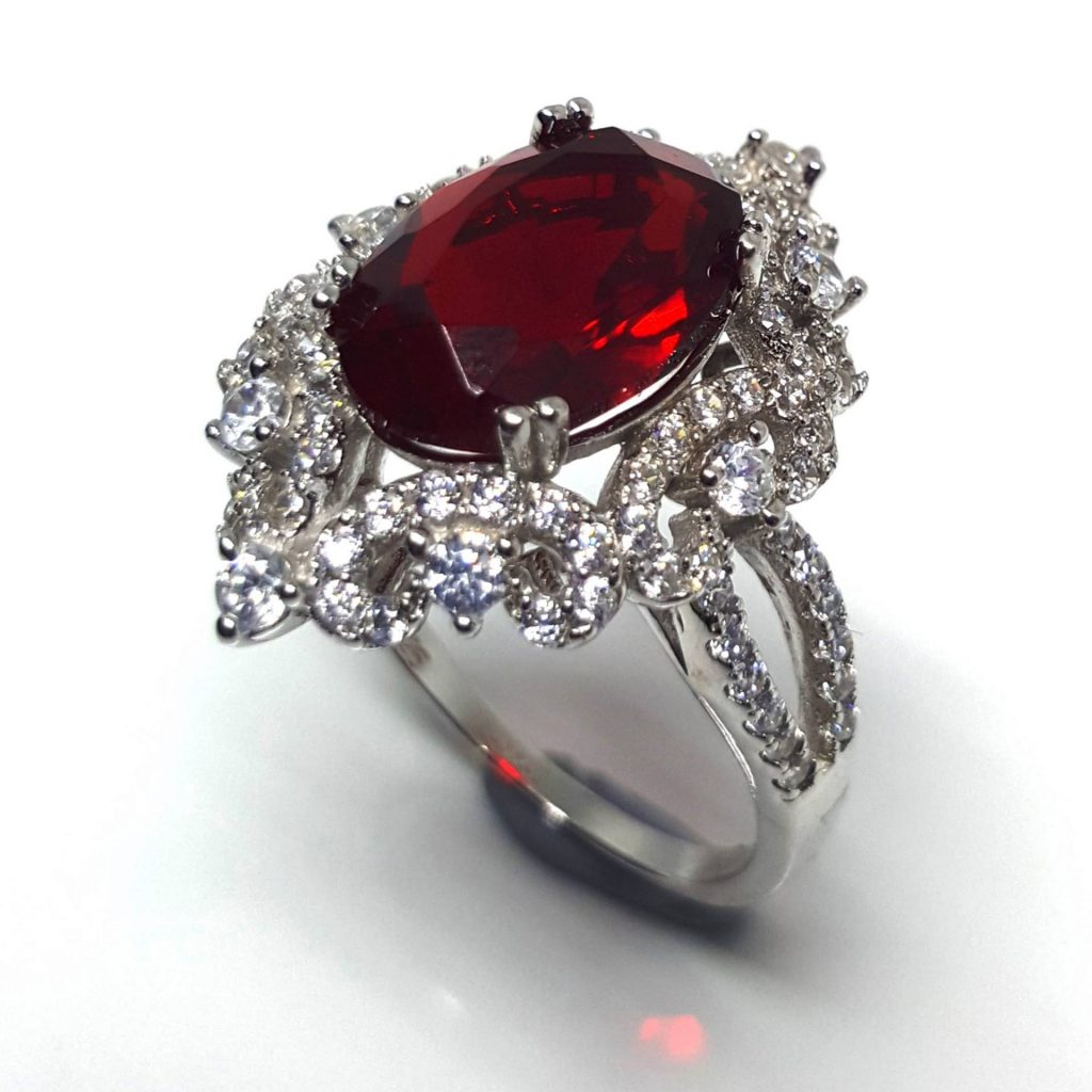 Luxuria statement rings ruby red color