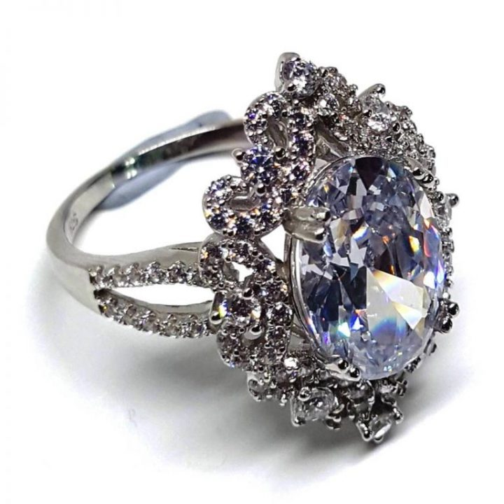 LUXR148-4 Luxuria statement rings white diamond simulant