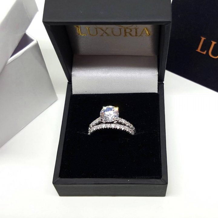 LUXR153-5 Sterling silver engagement ring with deluxe presentation box