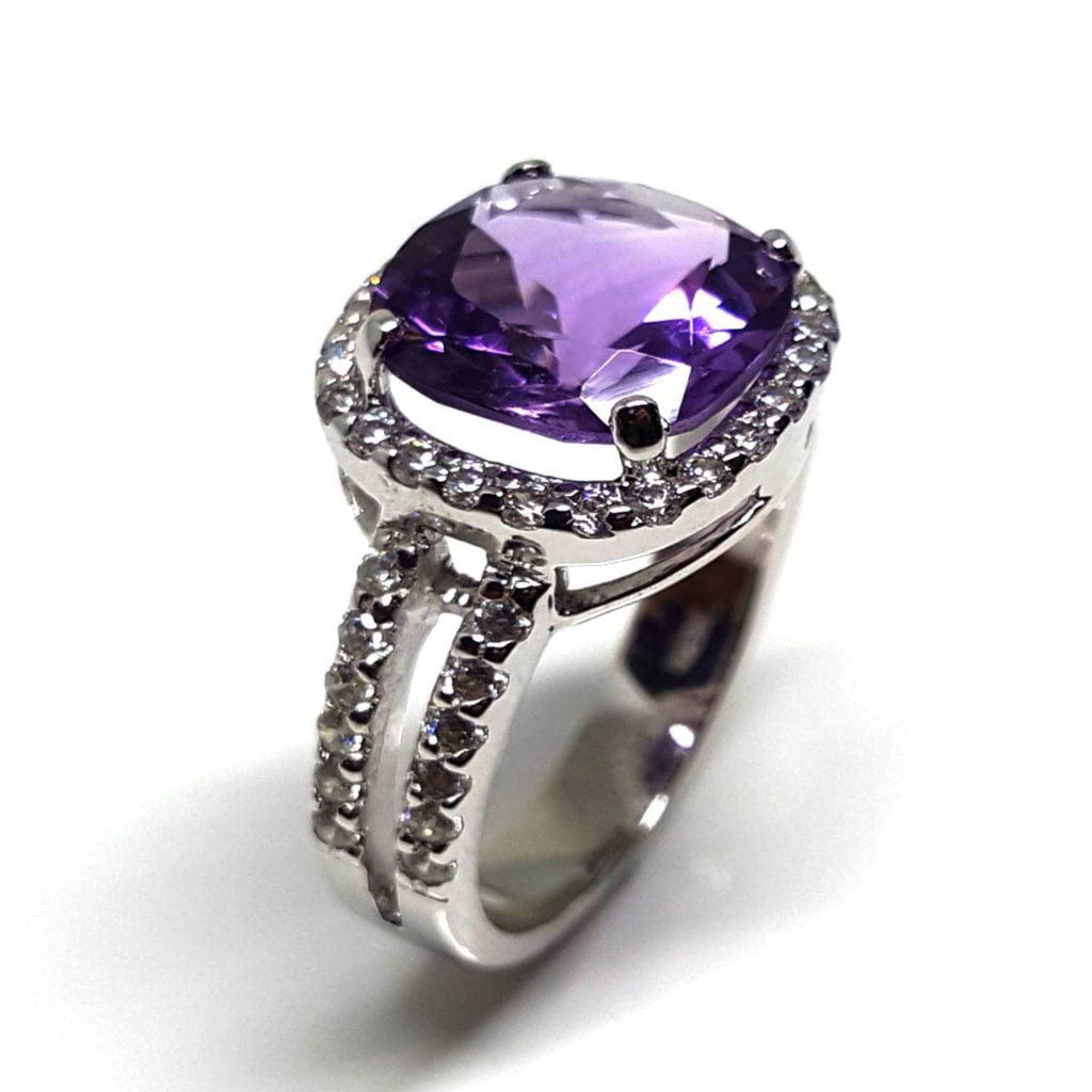 LUXR164-1 Luxuria amethyst rings