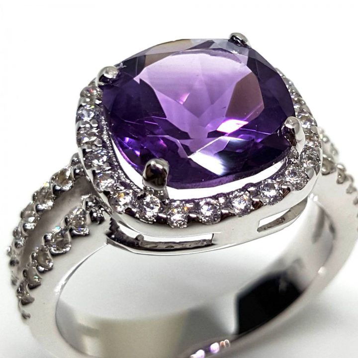 LUXR164-4 Close up of Luxuria silver engagement rings, hallmark LUX