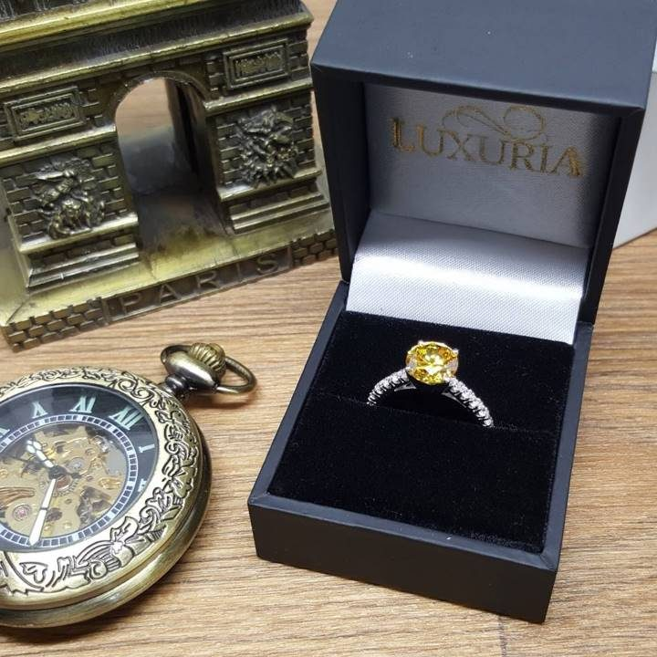 LUXR151 round star cut engagement ring in deluxe leatherette box