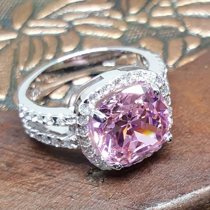 LUXR157 best Imitation diamond engagement rings
