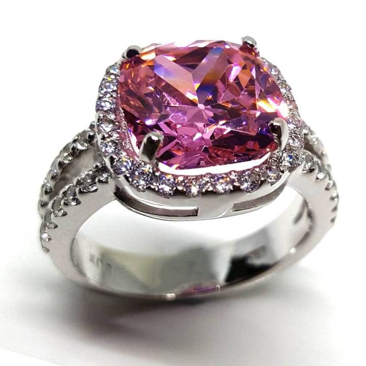 LUXR157 square shape cushion cut diamond. Best fake diamond rings