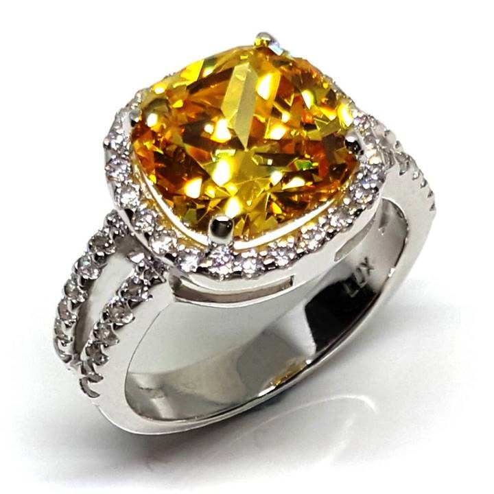 LUXR158 ACCAREZZATO by the Luxuria jewelry brand of New Zealand NZ
