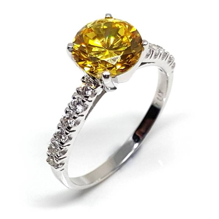 Luxuria Best fake diamond rings - yellow diamond simulant