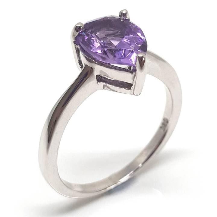 LUXR122 Porfýrae ring by Luxuria jewelry brand