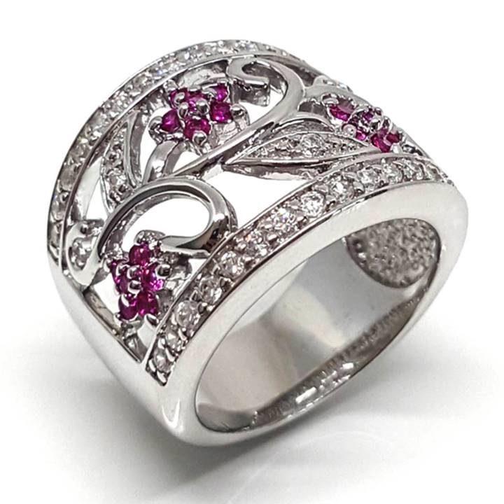 LUXR130 Decoro ring by Luxuria Jewelry brand