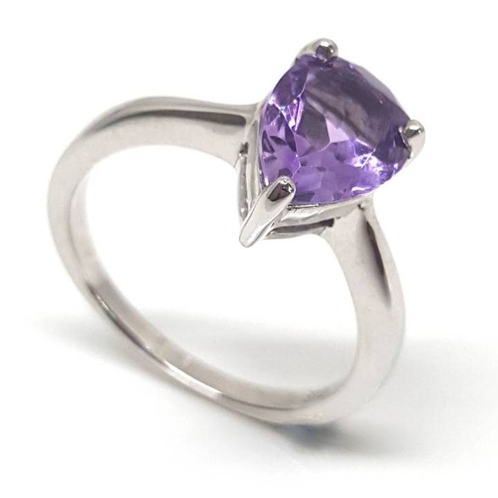 Luxuria Pear shaped amethyst gemstone solitaire ring