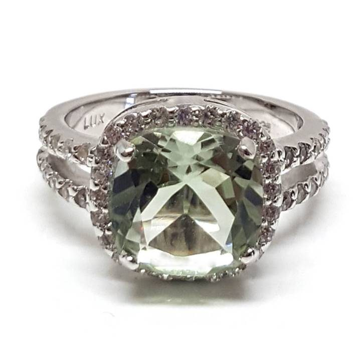 Luxuria cushion cut leek green color quartz diamond engagement rings