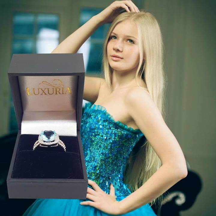 Luxuria immitation diamond halo ring with gemstone