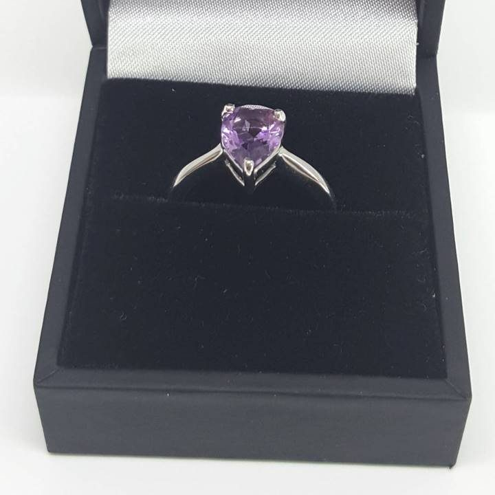 Luxuria purple amethyst and silver ring with deluxe leatherette gift box