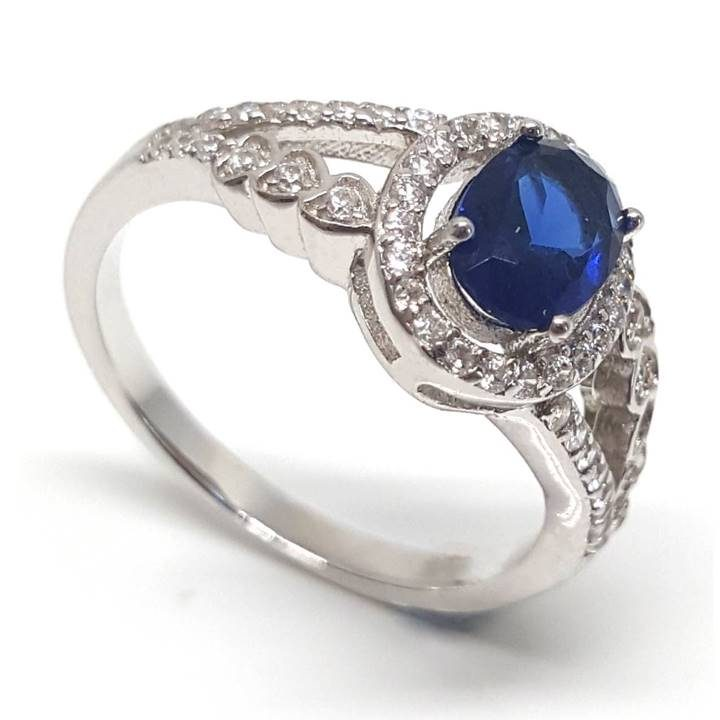 Luxuria ring set in 925 silver makes a great match for your navy blue dress or gown.