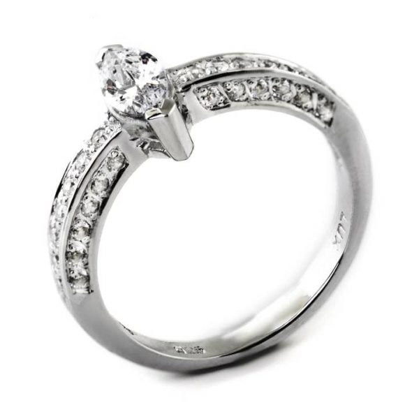 uxuria Jewellery brand, LUXR174 ARIA simulated diamond rings, LUX hallmark