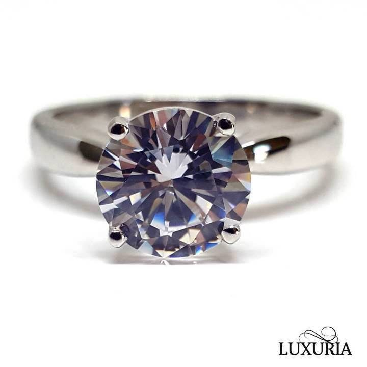 Luxuria cubic zircon ring solitaire imitation diamond engagement ring that looks real