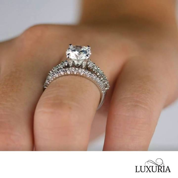 Fake diamond rings in Singapore - Luxuria Jewellery brand