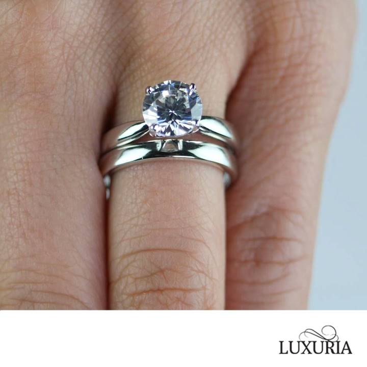 Cubic zirconia engagement rings that look real from Luxuria Diamonds