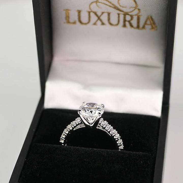 High quality temporary engagement rings in ring box Luxuria