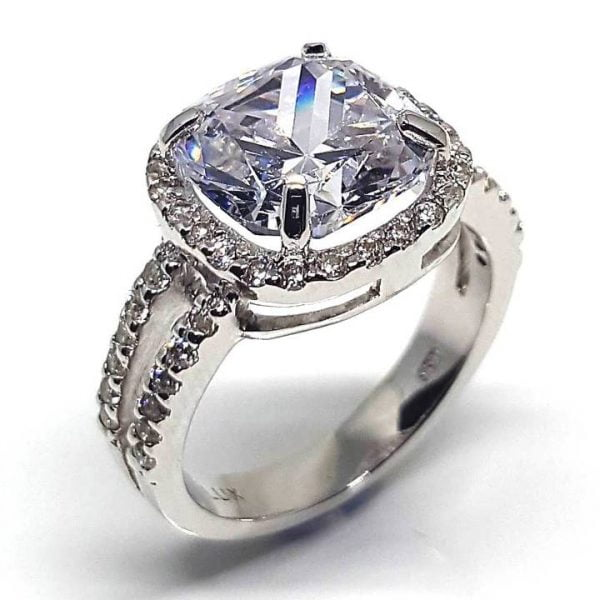 Cushion cut fake engagement ring Luxuria