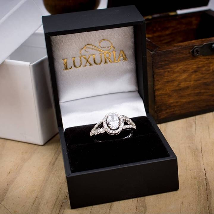 Oval cut sterling silver engagement ring Luxuria