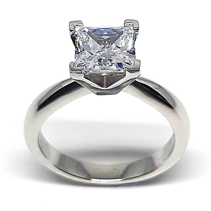 Square cut engagement rings – Luxuria Diamonds