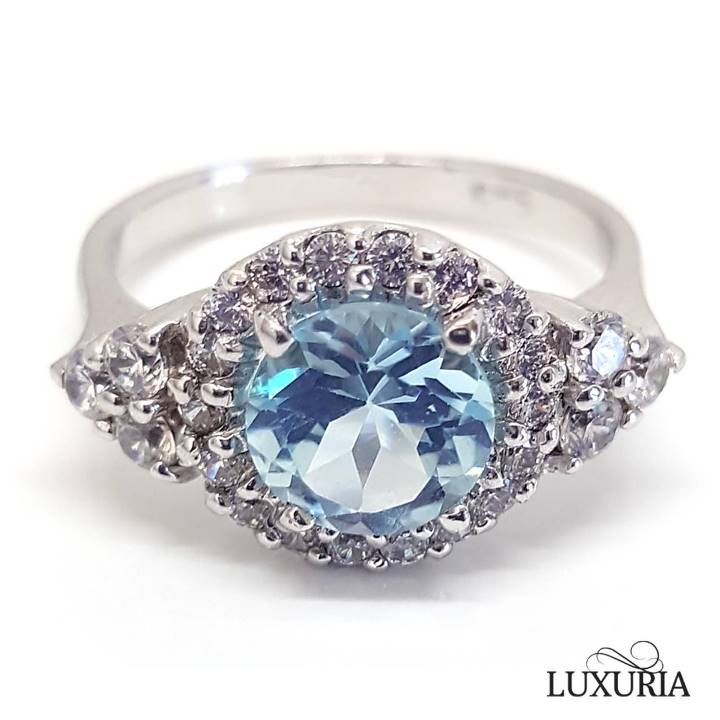 Buying blue topaz rings guide - LUXURIA Jewellery brand