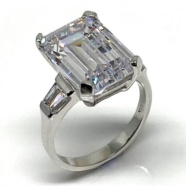 large fake diamond rings VIENNA luxuria diamonds