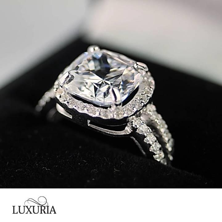 Cushion cut fake engagement ring LUXURIA
