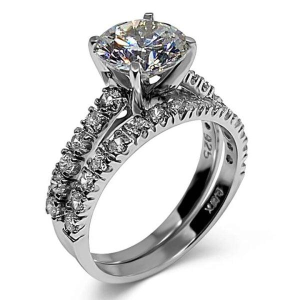 Round cut diamond simulant engagement ring
